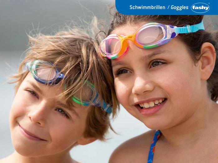 Kính bơi cho bé trai và bé gái