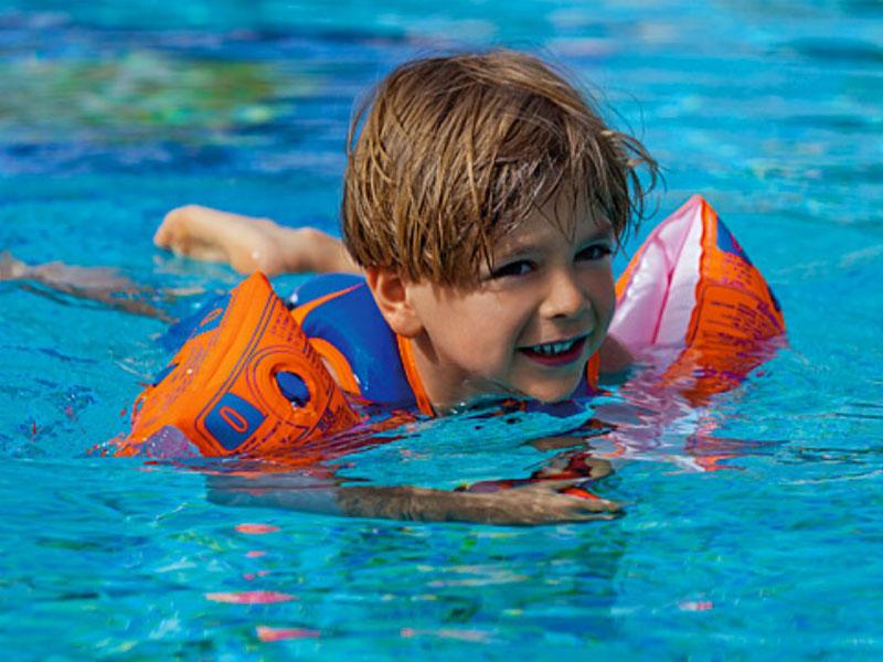 Phao bơi cho bé