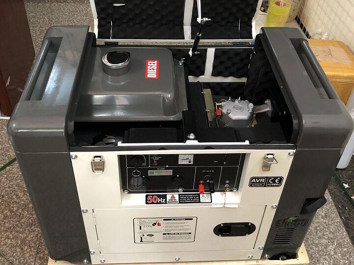 Máy phát điện chạy dầu