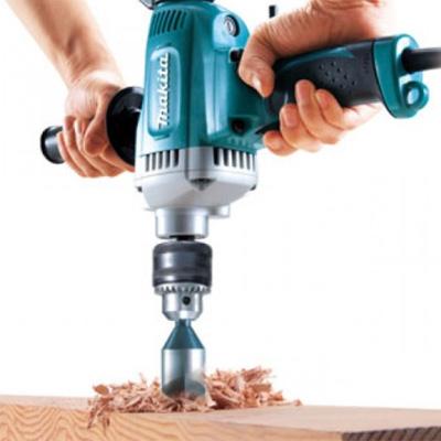 Khoan được trên nhiều vật liệu cứng như thép, gỗ,...