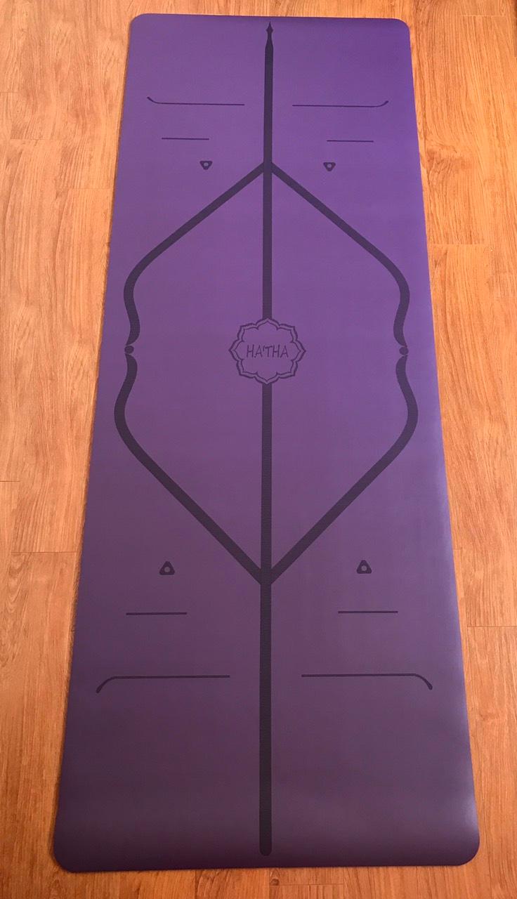 Thảm màu tím