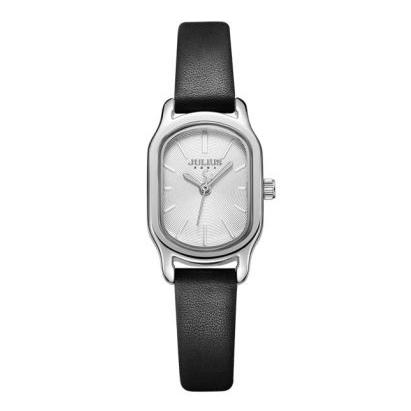 Đồng hồ màu đen