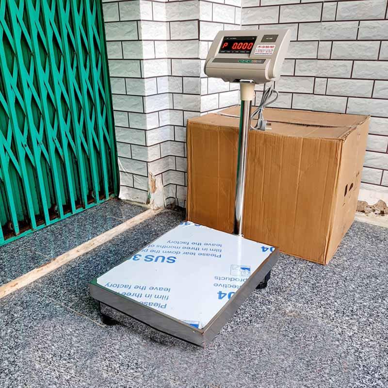 Cân bàn điện tử Yaohua A12E có tải trọng 60kg