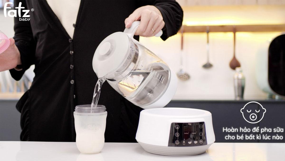 Máy hâm sữa Fatzbaby Quick 5 FB3569TK hoàn hảo để pha sữa, hâm sữa cho bé