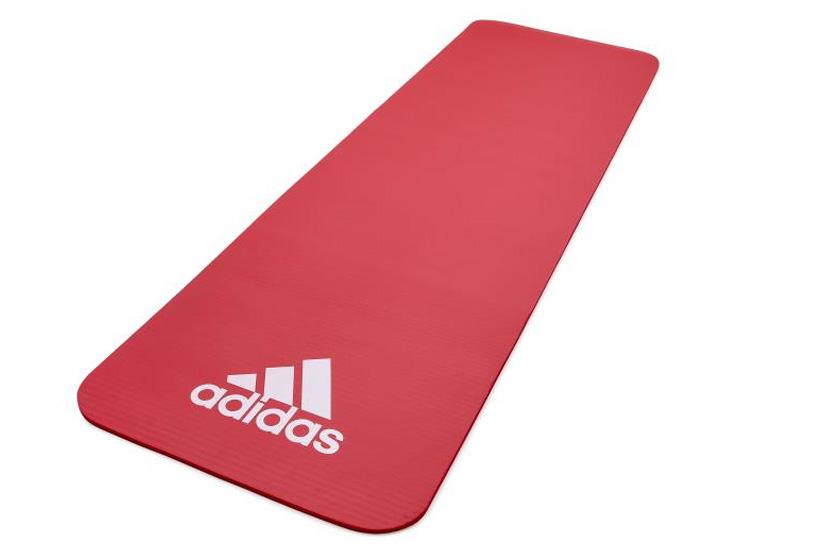 Thảm thể dục Adidas ADMT - 11015RD có màu sắc tươi trẻ