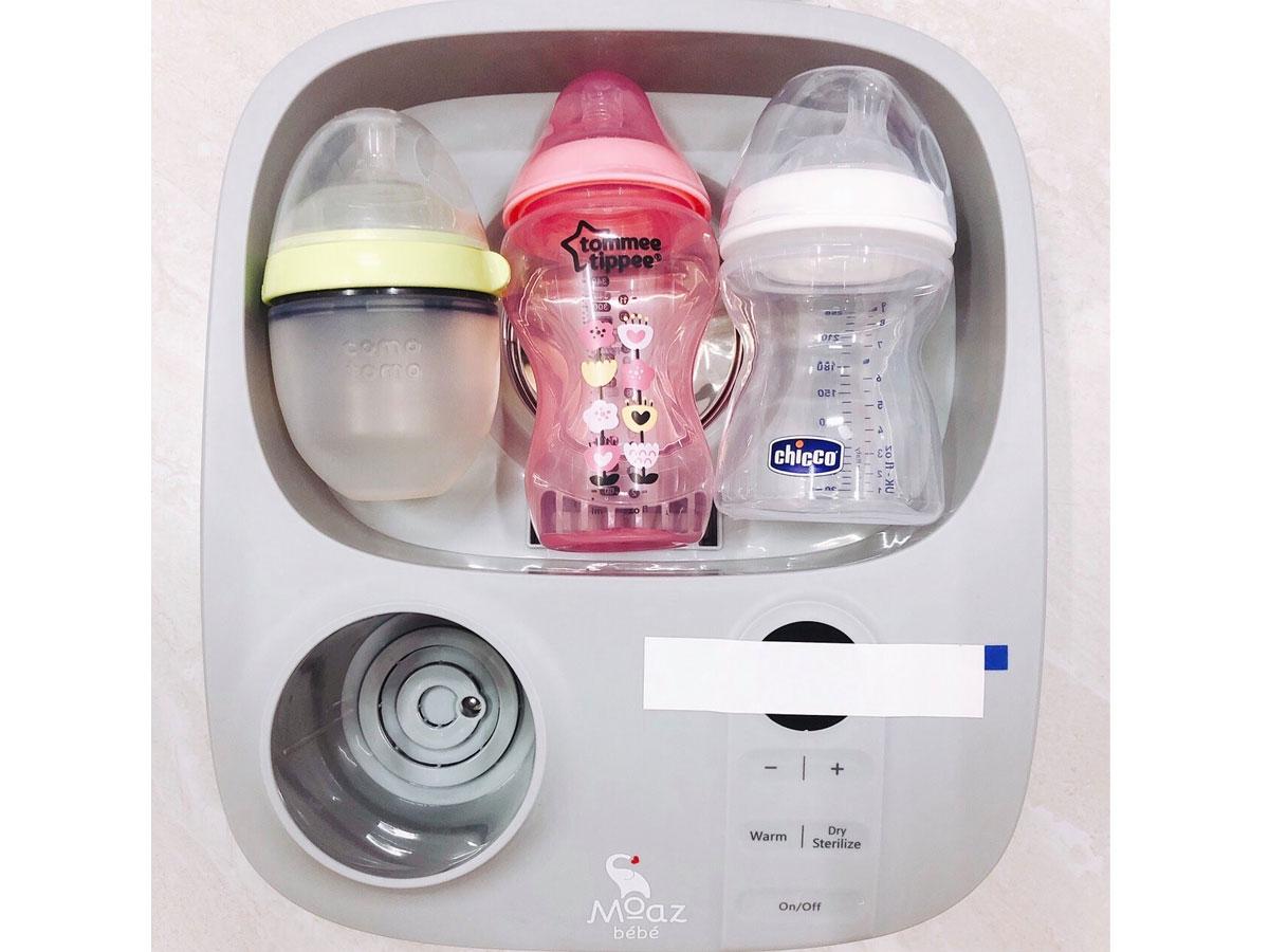 Máy tiệt trùng bình sữa MOAZ BÉBÉ MB005 chứa được 6 bình sữa cùng lúc