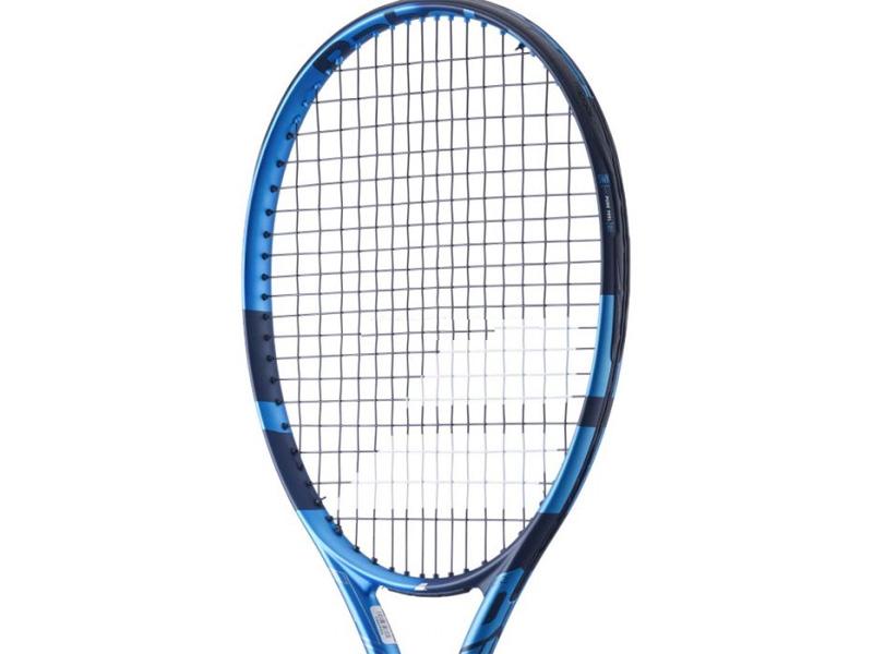 Kích thước mặt vợt là 100 inch