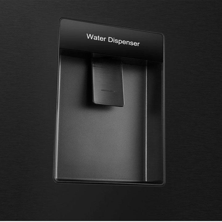 Tủ lạnh thiết kế lấy nước bên ngoài
