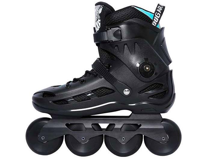 Giày patin Cougar MZS 509C làm từ nhựa cao cấp
