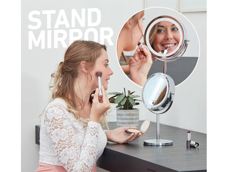 Gương hỗ trợ tối đa cho quá trình make up