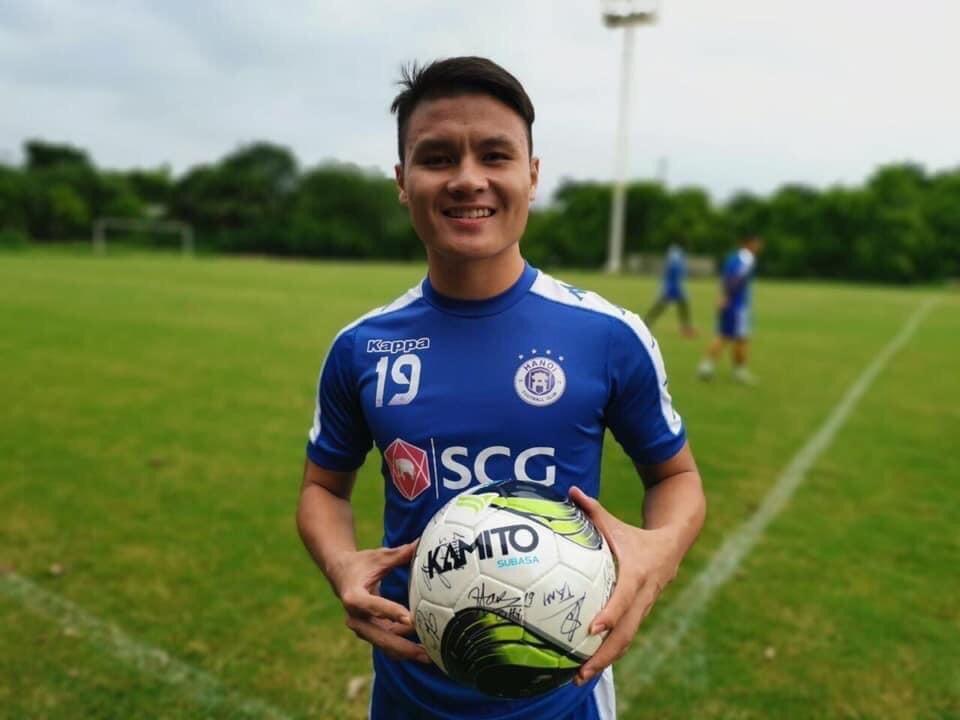 Quả bóng đá Kamito