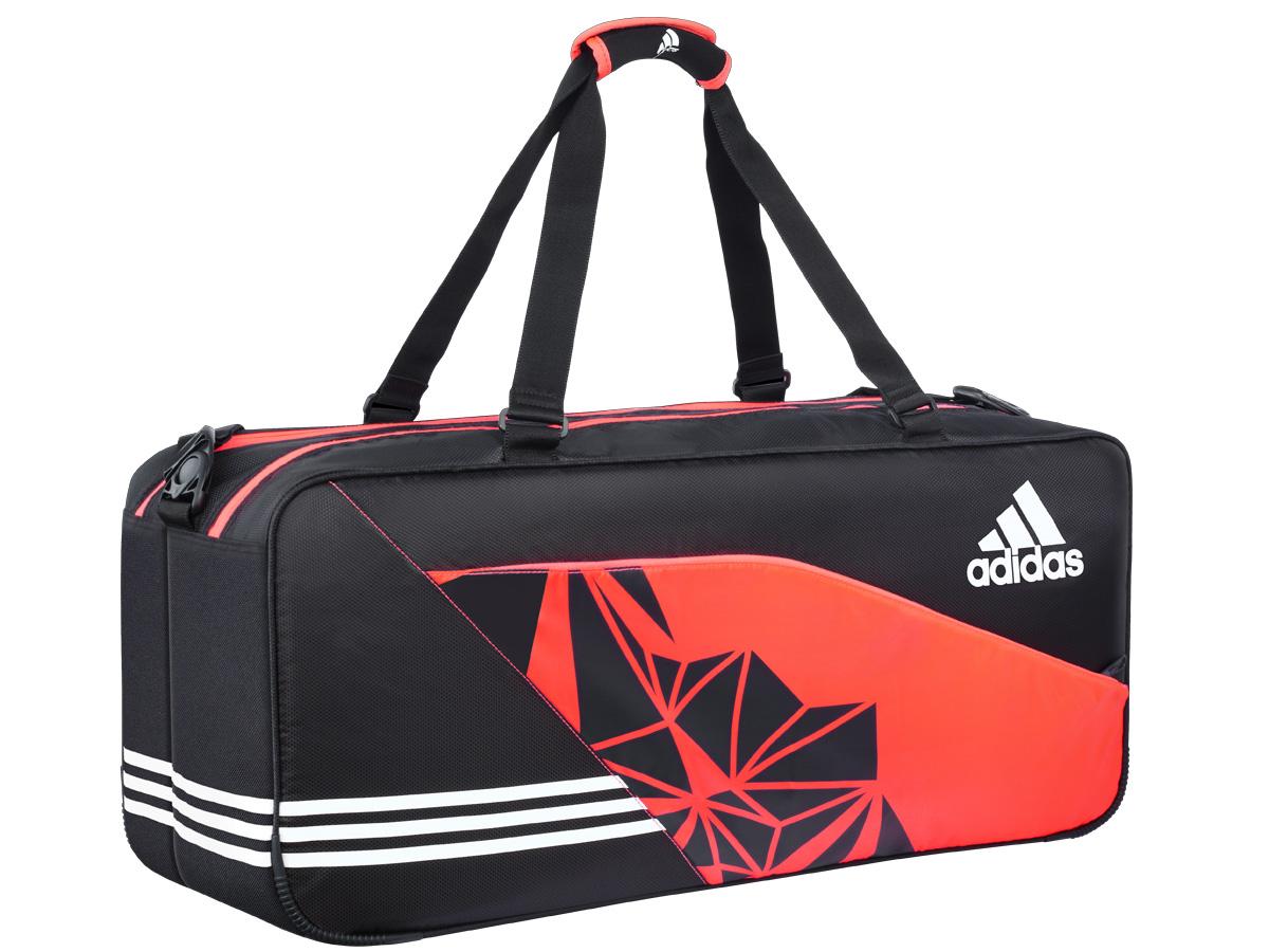 Túi có dung tích lớn, chia làm nhiều ngăn