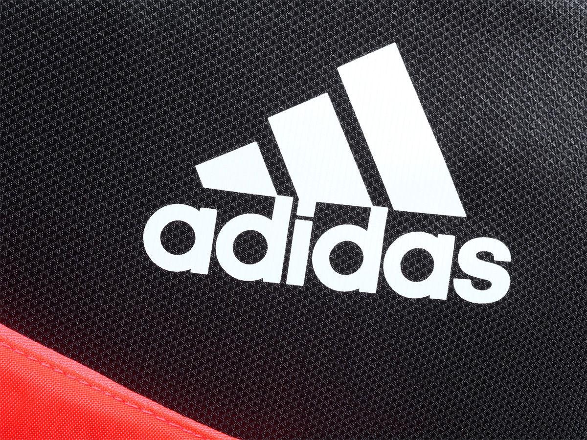 Logo in nổi bật sang trọng