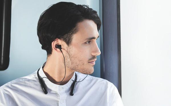Tai nghe Sony WI-C600N không dây