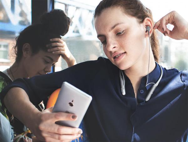Tai nghe Sony WI-C600N bluetooth