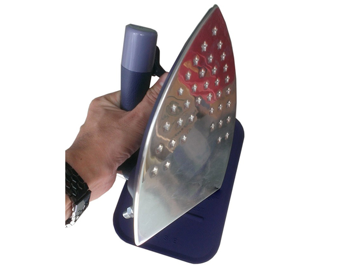 Bàn ủi hơi nước Silver Star BSP-600