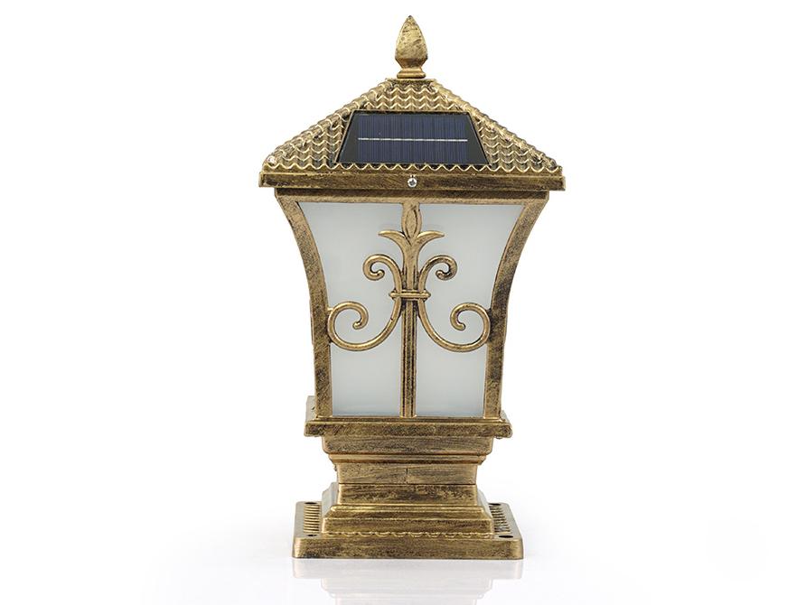 Thân đèn sử dụng chất liệu hợp kim sơn tĩnh điện bền bỉ