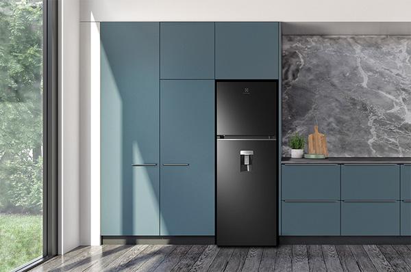 Tủ lạnh 2 cánh Electrolux Inverter 341L ETB3760K-H