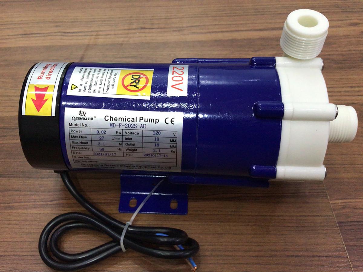 Hình ảnh máy bơm hóa chất dạng từ Qeehua MD-F-202S-AE
