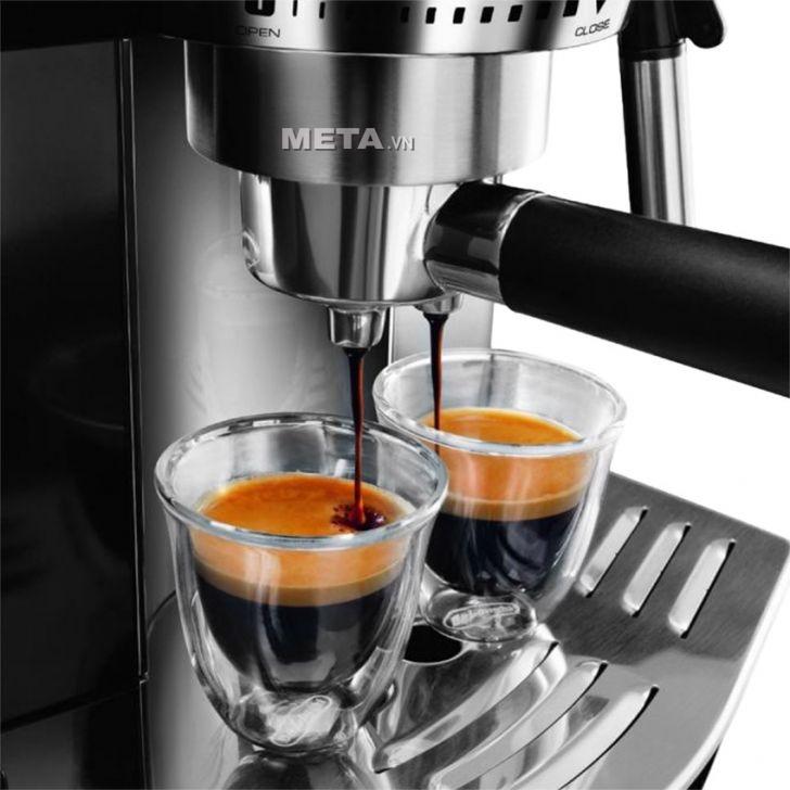 Máy pha cà phê Delonghi PUMP ESPRESSO EC820.B có chức năng chống chảy nhỏ giọt