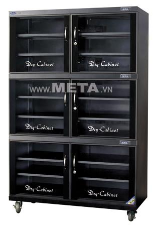 Tủ chống ẩm Fujie DHC1200 được gắn đồng hồ kỹ thuật số báo độ ẩm/nhiệt độ