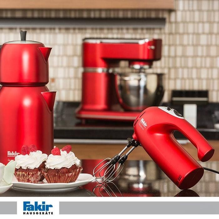 Máy đánh trứng Fakir SIERRA màu đỏ tô điểm cho phòng bếp hiện đại nhà bạn