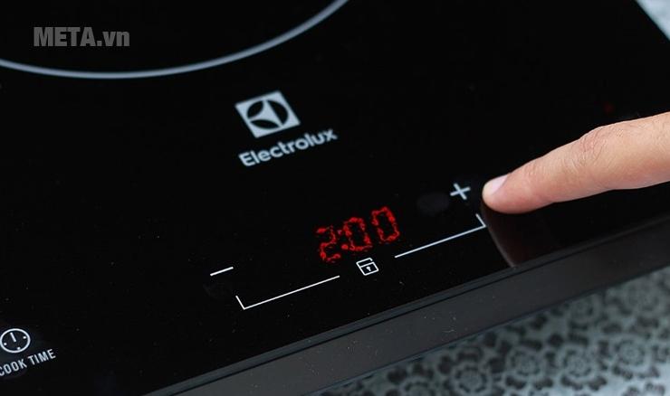 Bếp từ của Electrolux cho phép tăng giảm công suất nấu dễ dàng.