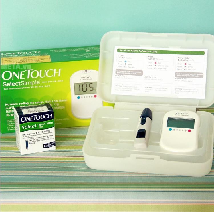 Máy đo đường huyết Johnson & Johnson Onetouch Select Simple với trọn bộ.