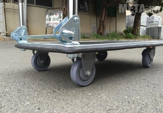 Xe đẩy hàng Nhật bản Dandy UDL-DX với thiết kế chân đế vững giúp vận chuyển lượng hàng lớn.