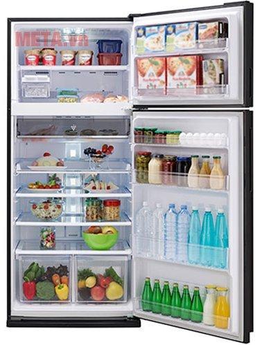 Tủ lạnh 627 lít Sharp SJ-XP630PG-SL có hệ thống khay kệ được thiết kế thoáng rộng