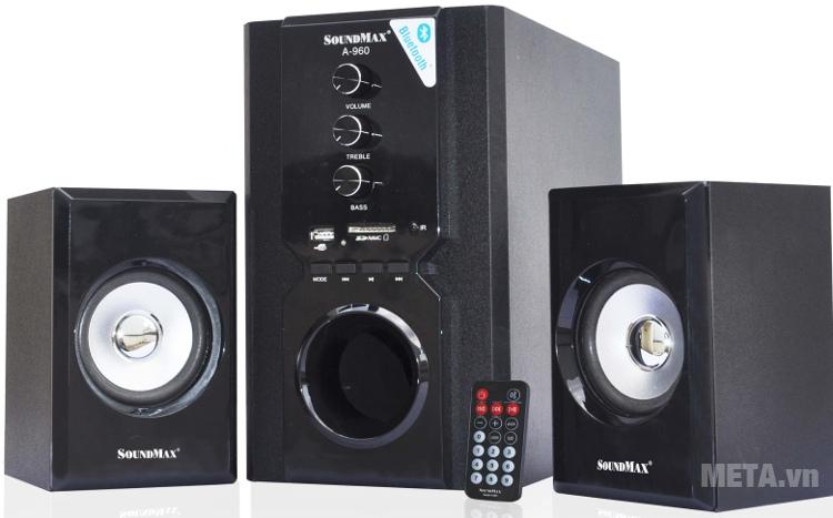 Loa SoundMax A960 2.1 có điều khiển từ xa đi kèm.