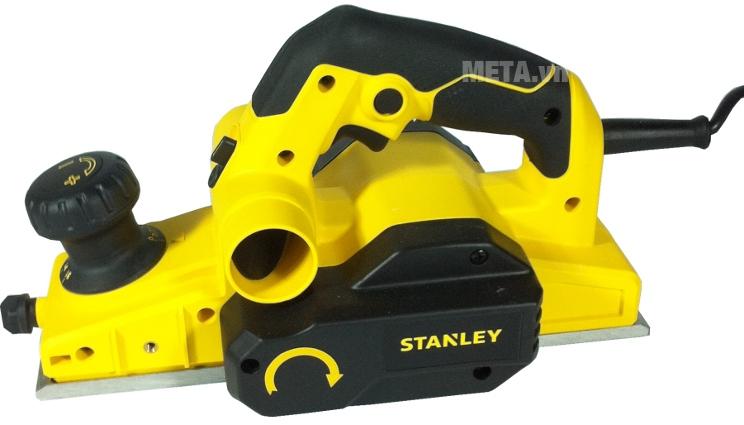 Máy bào Stanley Stel 630 với thiết kế màu vàng bắt mắt.