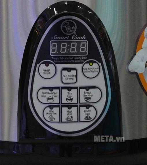 Nồi áp suất Smartcook PCS-0238 6 lít với màn hình nấu đa chức năng.