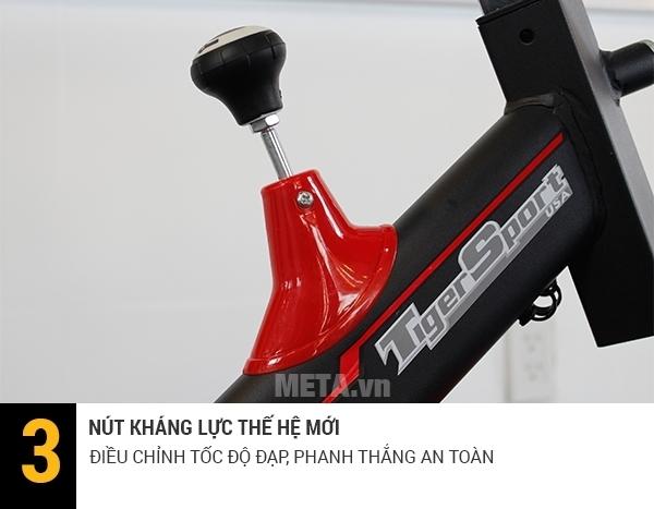 Xe đạp thể thao Tiger Sport TG-225 dễ dàng điều chỉnh nút kháng lực.