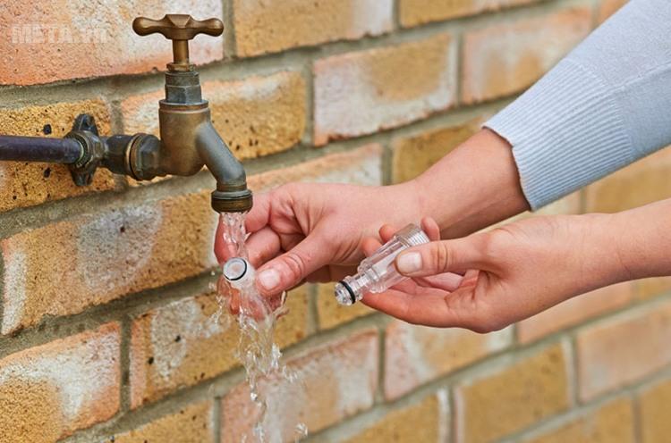 Phụ kiện máy rửa xe Bosch - Đầu lọc nước - F016800363 dễ dàng vệ sinh.