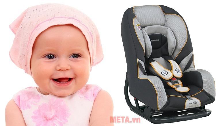 Ghế ngồi ô tô cho bé Brevi Grandprix BRE515 cho bé đi ô tô an toàn