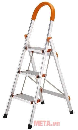 Thang ghế gia đình Ninda NDI-03 có tay vịn giúp leo trèo an toàn hơn.