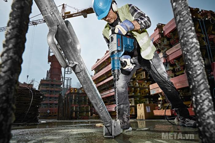Máy khoan búa Bosch GBH 8-45 D đáp ứng được nhu cầu sử dụng của công trường xây dựng.