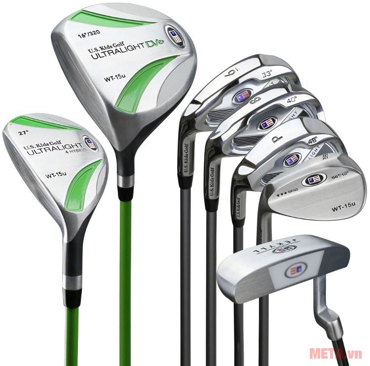 US Kids Golf UL57 7 Club với bộ gậy.