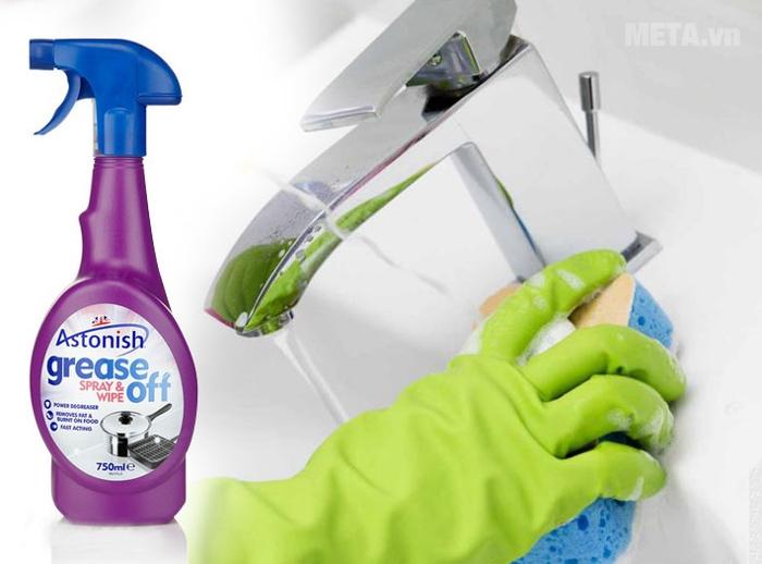 Chất tẩy rửa dầu mỡ Astonish Grease Off 750ml làm sạch các chất bẩn và dầu mỡ nhanh chóng.