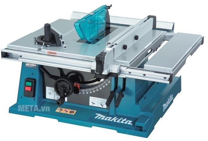 Máy cưa bàn Makita 2704 dễ dàng lắp ráp.