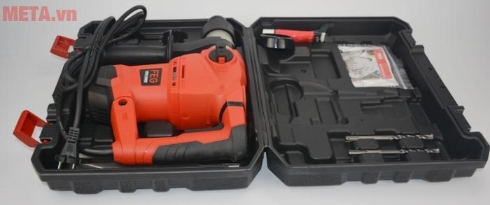 Máy khoan bê tông FEG EG-560 được đựng trong hộp nhựa giúp bảo quản máy được bền lâu.