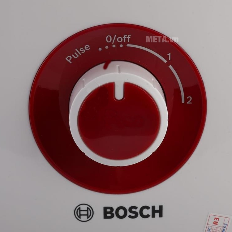 Máy xay sinh tố Bosch MMB12P4R với 2 tốc độ khác nhau.