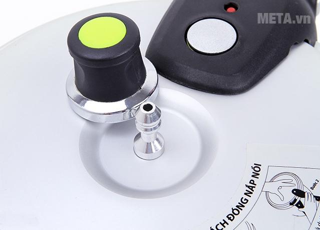 Nồi áp suất oxy hóa mềm Supor YH18N1 3,5 lít với thiết kế van xả hơi thông minh.
