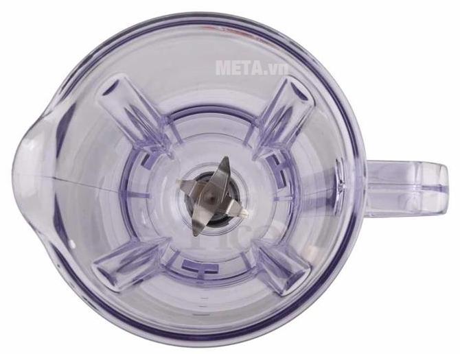 Máy xay đa năng Panasonic MK-F800SRA thiết kế lưỡi dao cối xay sinh tố có 4 cạnh.