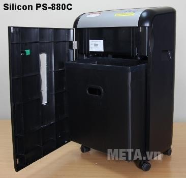 Máy hủy tài liệu Silicon PS-880C mở cánh để đổ rác dễ dàng.