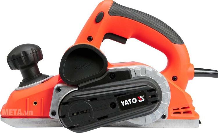 Máy bào điện Yato YT-82140 với thiết kế tay cầm chắc chắn.