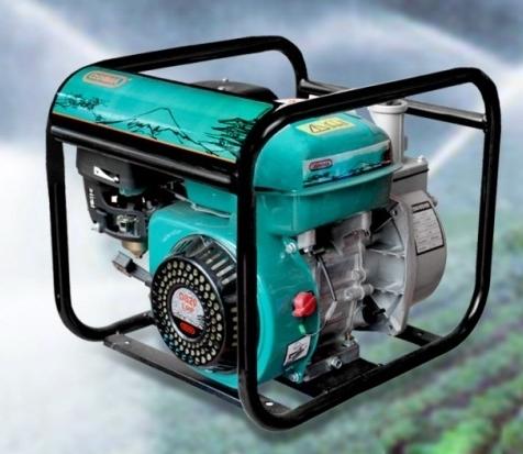 Máy bơm nước chạy xăng Oshima CX20 tiêu thụ xăng ít.