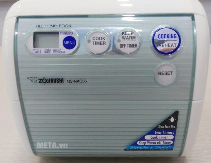 Nồi cơm điện Zojirushi NS-NAQ05-YL có phím bấm điện tử.