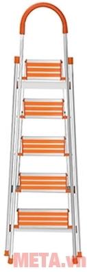 Thang ghế 5 bậc Nikawa NKA05 với thiết kế nhỏ gọn.